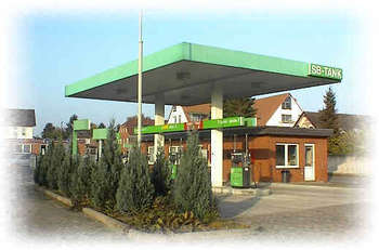Raiffeisen-Warengenossenschaft Niedersachsen Mitte eG Raiffeisen-Tankstelle