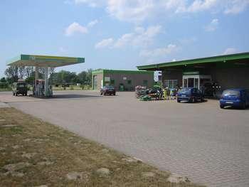 Raiffeisen Waren GmbH Raiffeisen-Tankstelle